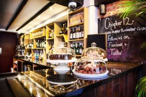 FitzGerald Photographic_Chapter 12 Wine Bar_Sussex Commercial Photographer (3).jpg